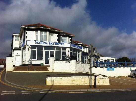 marina-bay-hotel2 sandown